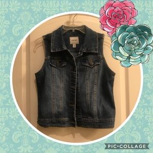 Other - 💘Jean Vest💘 Perfect!!